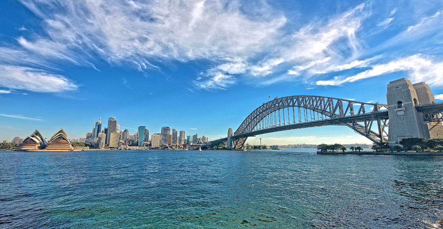 シドニー湾で楽しむ