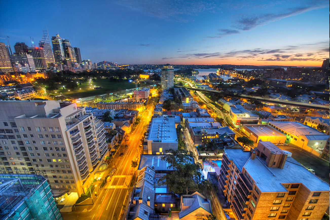 シドニー 夜 交通