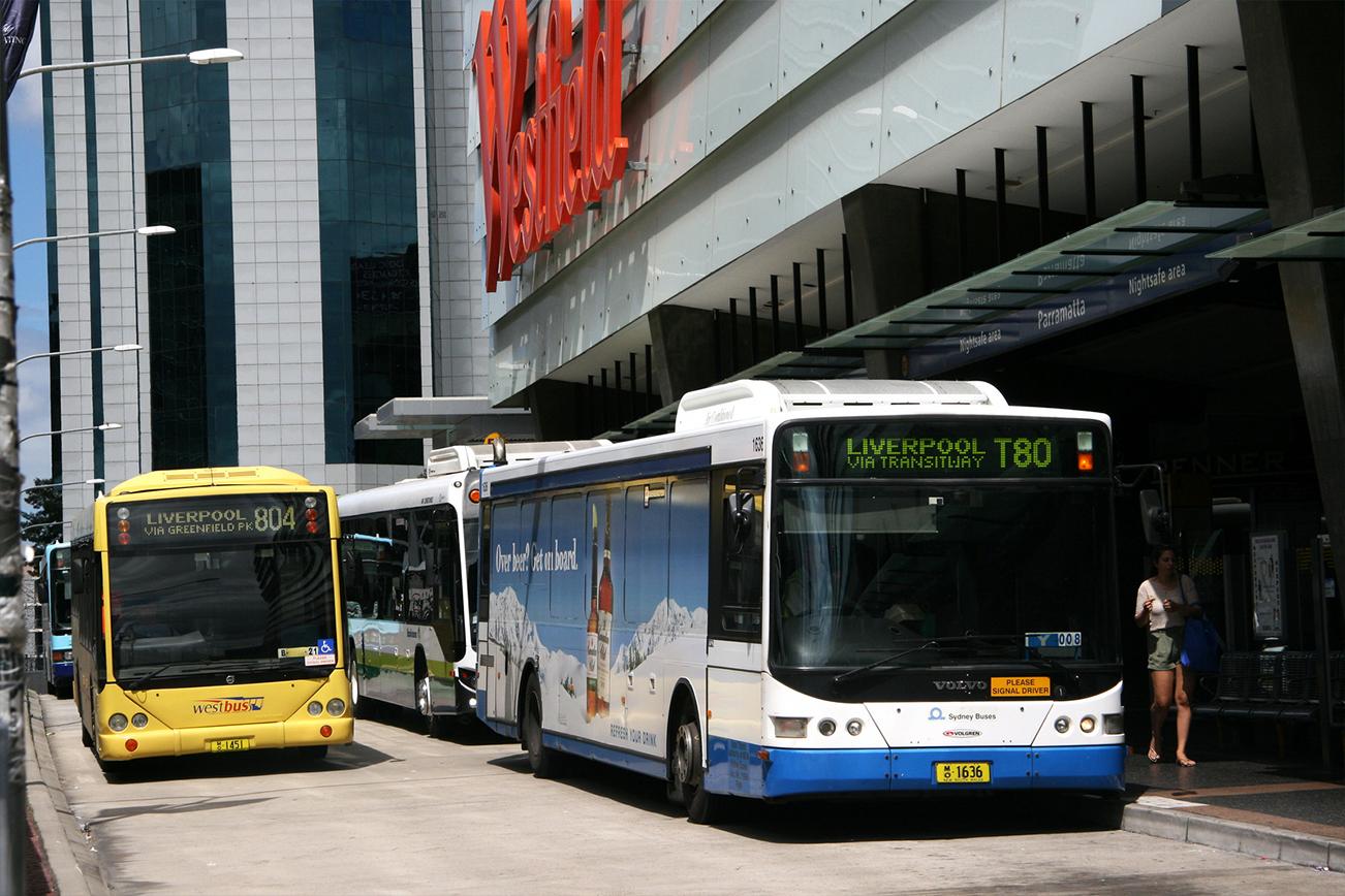バス bus