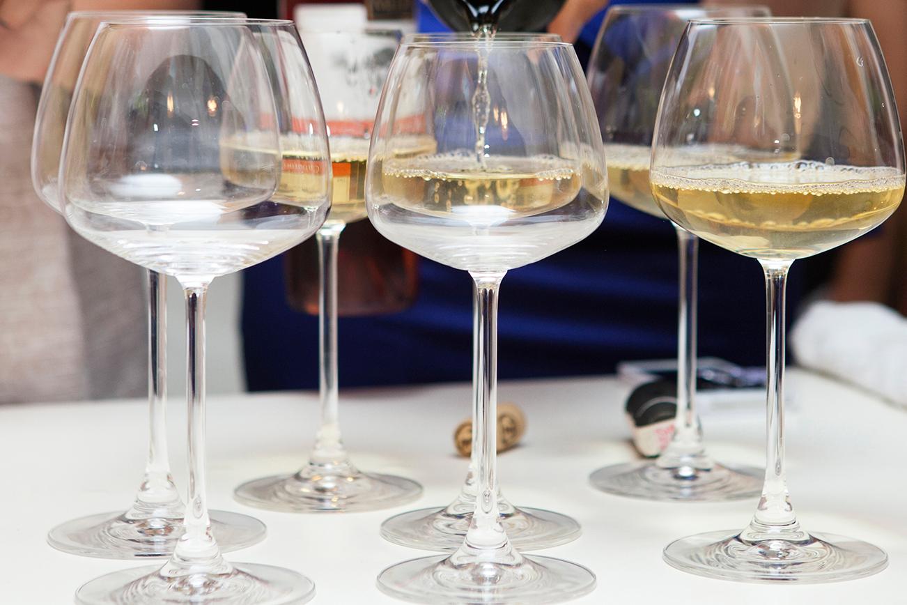 グラス ワイン