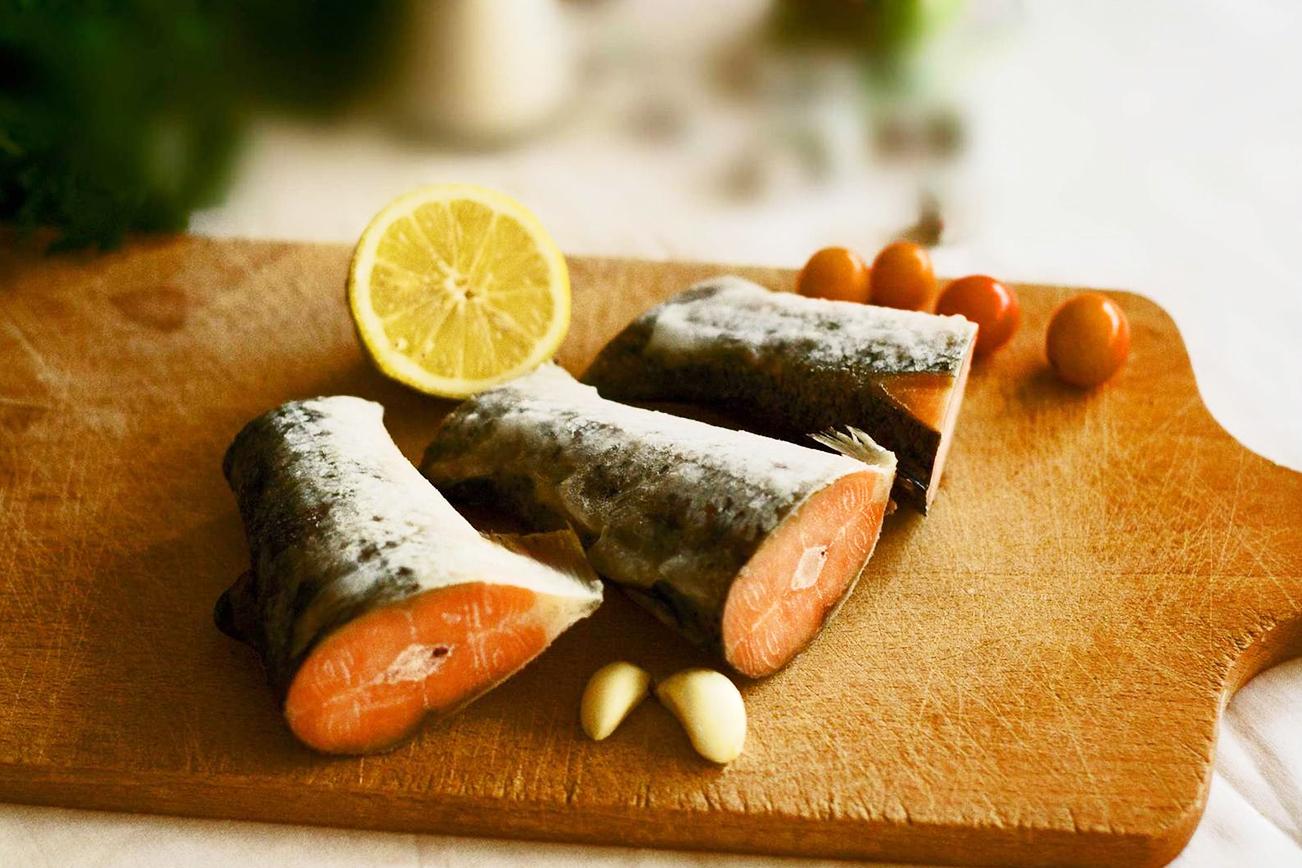 魚 サケ 生魚