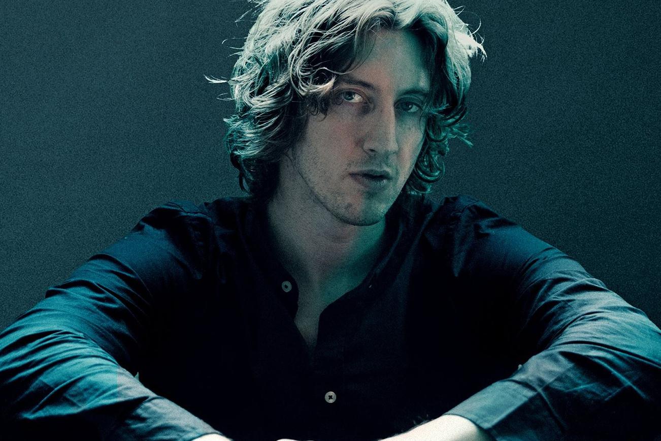 オーストラリアのミュージシャンDean Lewis