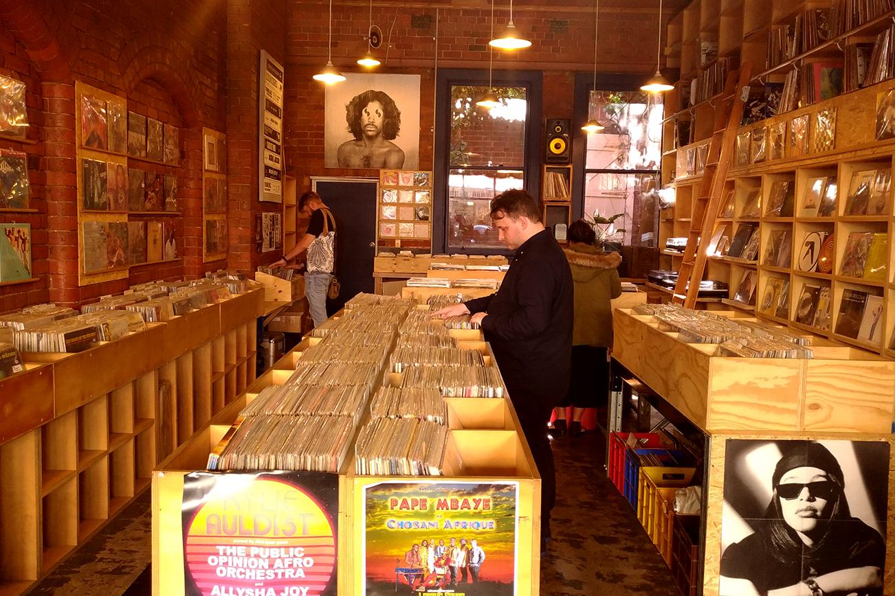 メルボルンで日本のレコードが売っている